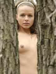 Fuckin smokin brunette plays - Sexy Women in Lingerie - Picture 7