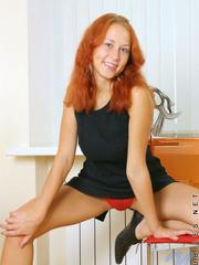 Hottie dasha pulls down her bikini - Sexy Women in Lingerie - Picture 3