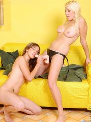 This two lesbian teen have a great - Sexy Women in Lingerie - Picture 10
