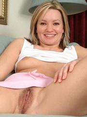 Hottie tracy cracks her ass back - Sexy Women in Lingerie - Picture 14