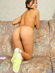 Black hair teenie posing great on - Sexy Women in Lingerie - Picture 8