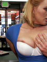 Blonde big boobed roped girl fucked - XXX Dessert - Picture 1