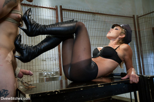 Cruel mistress in sexy black outfit whip - XXX Dessert - Picture 15