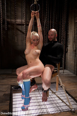 Tied up enslaved dude gets his pecker to - XXX Dessert - Picture 15