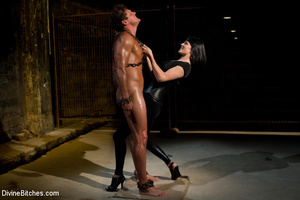 Hairy pussy dominatrix in leather outfit - XXX Dessert - Picture 2