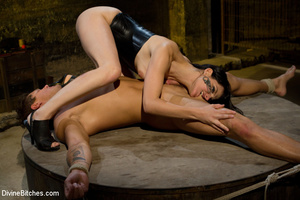 Hairy pussy dominatrix in leather outfit - XXX Dessert - Picture 5