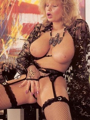 Big titted retro mom loves a big sticky - XXX Dessert - Picture 3