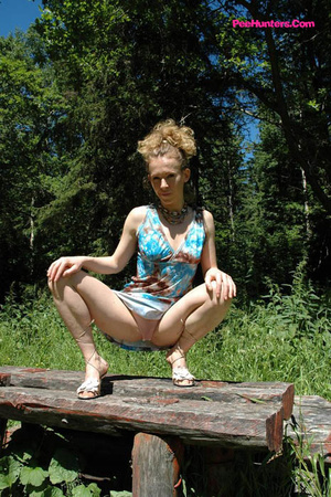 See hot teeny pissing onto her dad's picnic table - XXXonXXX - Pic 6