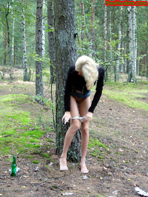 Exciting blonde teen peeing in the park - XXXonXXX - Pic 10