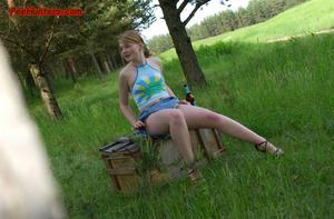 Spying on sexy teen peeing outdoor - XXXonXXX - Pic 4