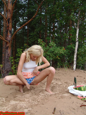 Blonde teen pissing in the beach - XXXonXXX - Pic 10