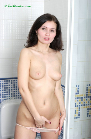 Beautiful girl peeing and posing in toilet - XXXonXXX - Pic 6