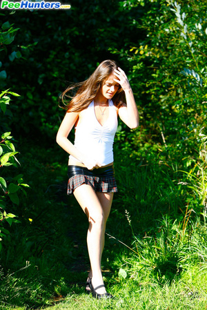 Voyeur busts a gorgeous leggy college girl peeing - XXXonXXX - Pic 3