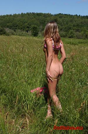 Beautiful teen peeing on the field - XXXonXXX - Pic 6
