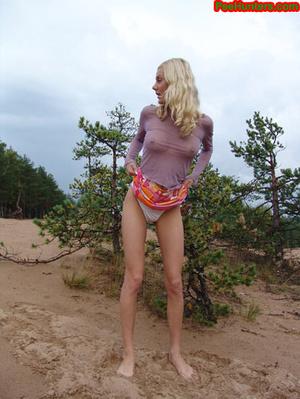 Beautiful teen peeing in the beach - XXXonXXX - Pic 16
