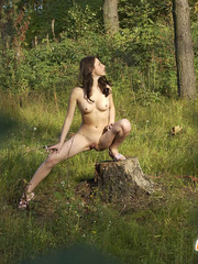 Girl goes to the woods to piss and smoke a cig - XXXonXXX - Pic 12