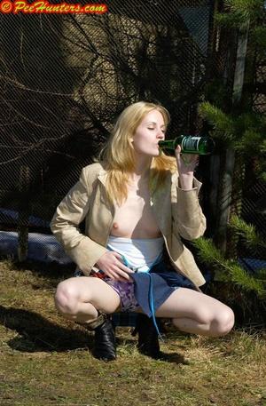 Spying on peeing and sunbathing teen - XXXonXXX - Pic 2