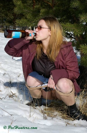 Teen peeing in the snow forest - XXXonXXX - Pic 11