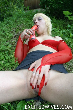 Mature blonde mom undressing outdoors and playing with her red dildo. Tags: Naked girl, insertion, wet vagina. - XXXonXXX - Pic 7