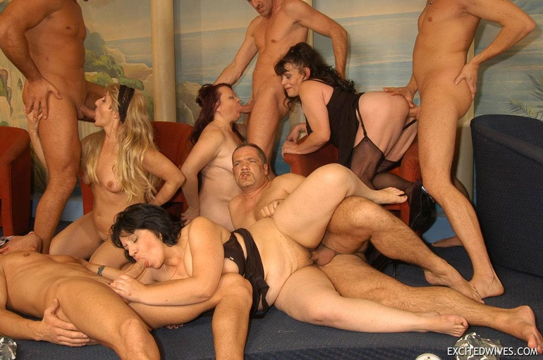 Swingers group action porn