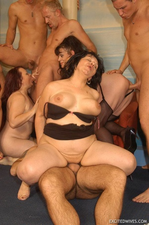 Plump mature grannies willingly taking a part in dirty orgy party. Tags: Gangbang, boobs, homemade, mature porn. - XXXonXXX - Pic 5