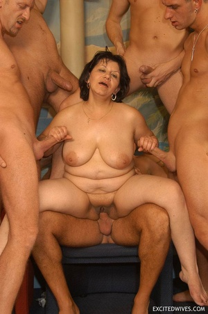 Plump mature grannies willingly taking a part in dirty orgy party. Tags: Gangbang, boobs, homemade, mature porn. - XXXonXXX - Pic 6