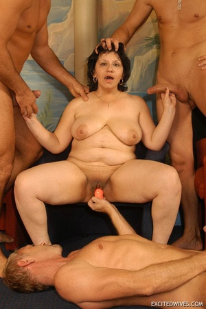 Plump mature grannies willingly taking a part in dirty orgy party. Tags: Gangbang, boobs, homemade, mature porn. - XXXonXXX - Pic 9
