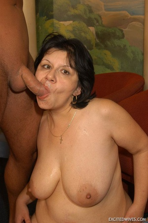 Plump mature grannies willingly taking a part in dirty orgy party. Tags: Gangbang, boobs, homemade, mature porn. - XXXonXXX - Pic 11