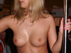 Sexy shaped blonde bimbo seductively stripteasing - XXXonXXX - Pic 1