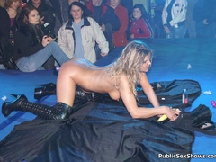Naked sex show girl exposing their naked boobs and - XXXonXXX - Pic 12