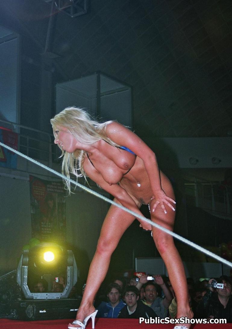 sexy strip show