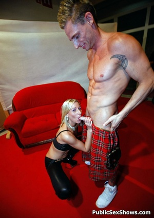 Muscular hunk gets his hard dick blowed by blonde chick. Tags: Public sex, reality, latex, cock sucking. - XXXonXXX - Pic 7