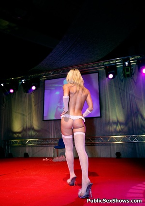 Amazing body girls stripping and riding dicks in public. Tags: Reality, naked girls, sexy stockings. - XXXonXXX - Pic 5