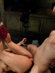 Perfect body cowgirl gets tied up and butt - XXX Dessert - Picture 12