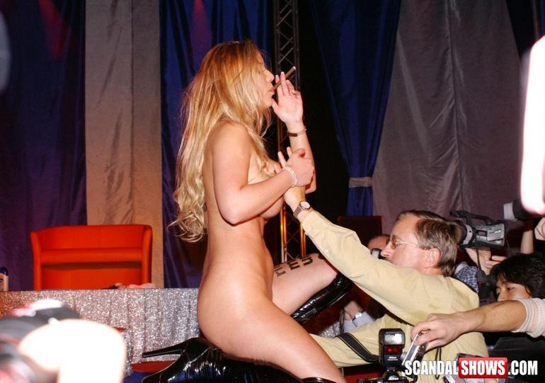 Секс шоу фото онлайн 92559 фотография