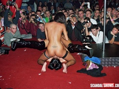 Sex show lesbian girls licking and dildoing each - XXXonXXX - Pic 2