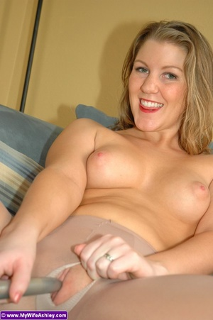 Busty xxx housewife ripped off her panty - XXX Dessert - Picture 12