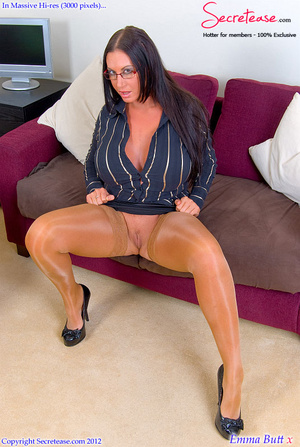 Busty office stunner in tan stockings pl - XXX Dessert - Picture 1