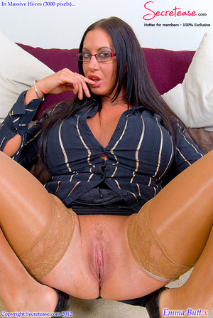 Busty office stunner in tan stockings pl - XXX Dessert - Picture 5