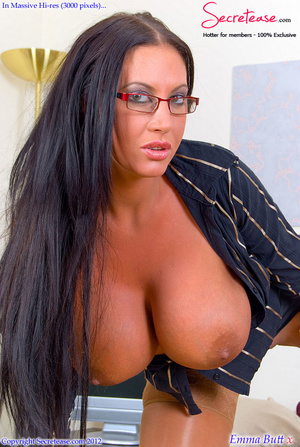 Busty office stunner in tan stockings pl - XXX Dessert - Picture 9