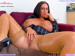Busty office stunner in tan stockings - XXX Dessert - Picture 10