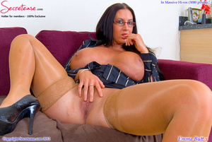Busty office stunner in tan stockings pl - XXX Dessert - Picture 10