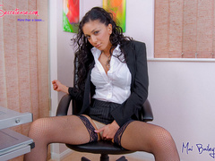 Big boobed office chick in fishnet - XXX Dessert - Picture 4