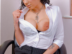 Big boobed office chick in fishnet - XXX Dessert - Picture 9