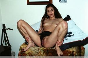 Hairy pussy indian bimbo sedcutively posing all over the house. - XXXonXXX - Pic 4