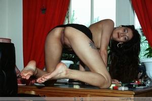 Hairy pussy indian bimbo sedcutively posing all over the house. - XXXonXXX - Pic 12
