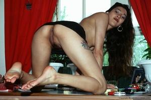 Hairy pussy indian bimbo sedcutively posing all over the house. - XXXonXXX - Pic 13