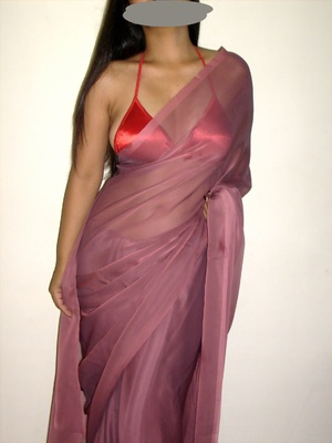 Gorgeous indian babe in sexy red bra teasingly dancing on a cam. - XXXonXXX - Pic 1