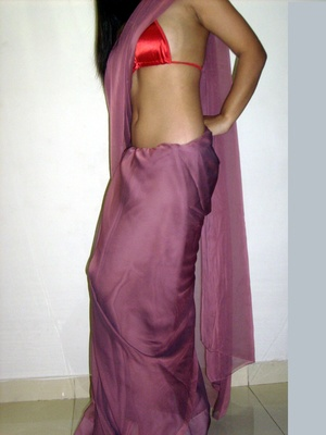 Gorgeous indian babe in sexy red bra teasingly dancing on a cam. - XXXonXXX - Pic 2
