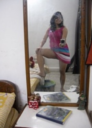 Horny indian hottie making selfshot xxx upskirt pics at home. - XXXonXXX - Pic 5